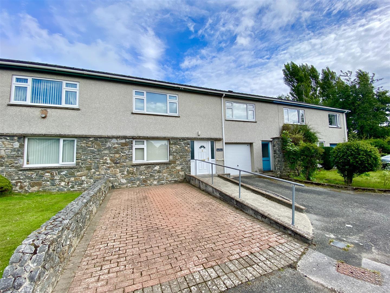 Bro Llwyn Estate, Pwllheli